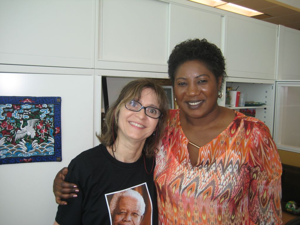 avec son amie Flora, Acting Chief of the UN Radio